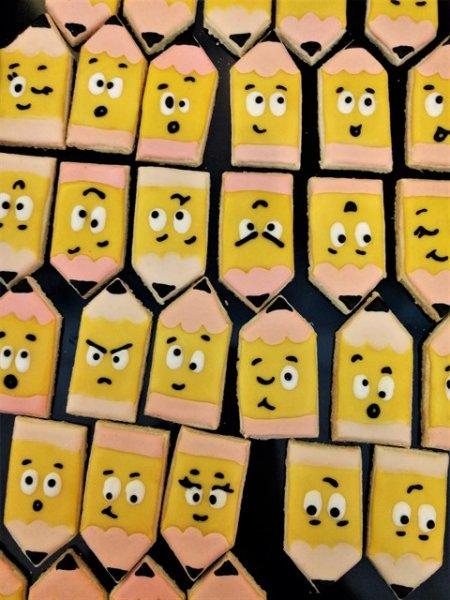 עוגיות עפרונות