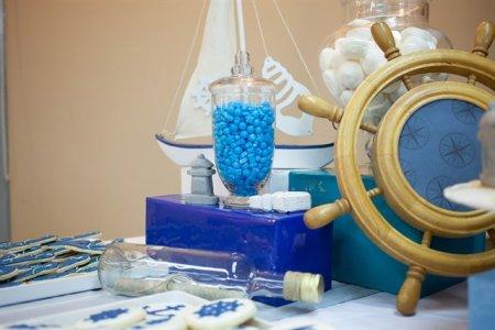 שולחן קינוחים בעיצוב ים