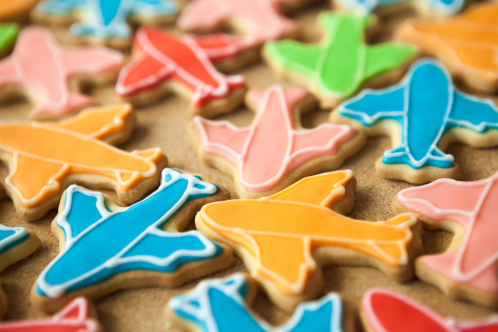 עוגיות מטוסים צבעוניות